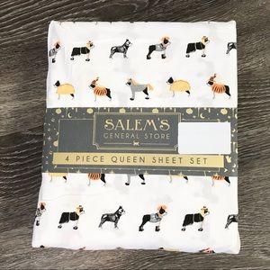 Salems Spooky Halloween QUEEN Sheet Set Dogs